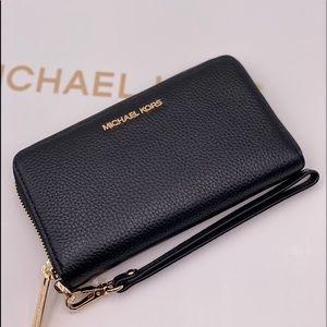Michael Kors Phone Wallet Black